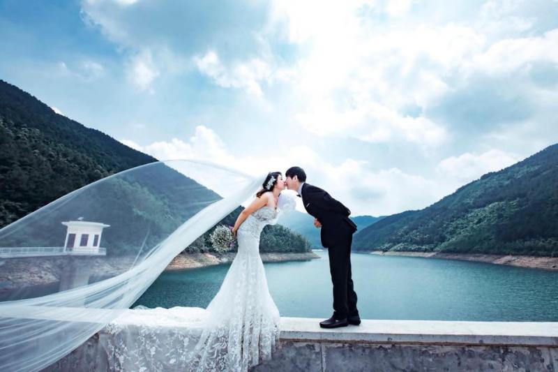 Áo cưới Hòa Điệp