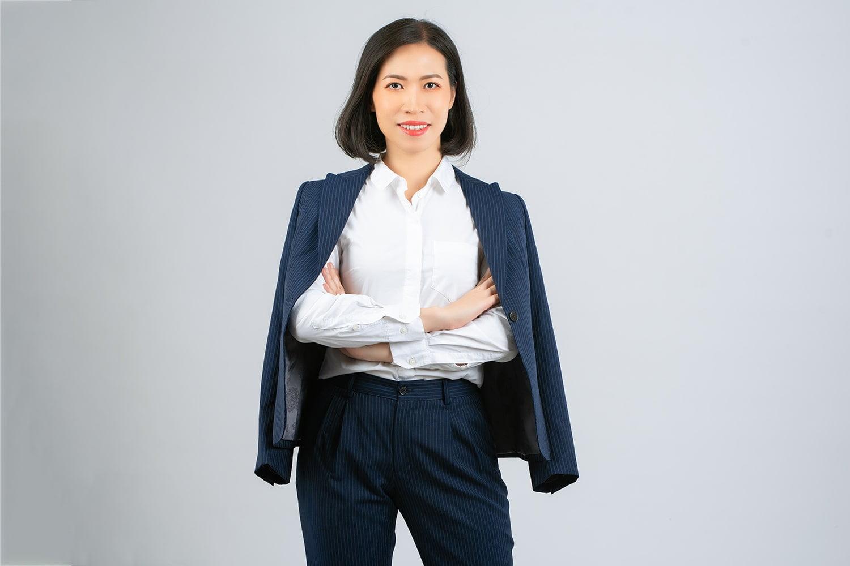 Studio chụp ảnh profile cá nhân chuyên nghiệp ở Tp.HCM- HThao Studio