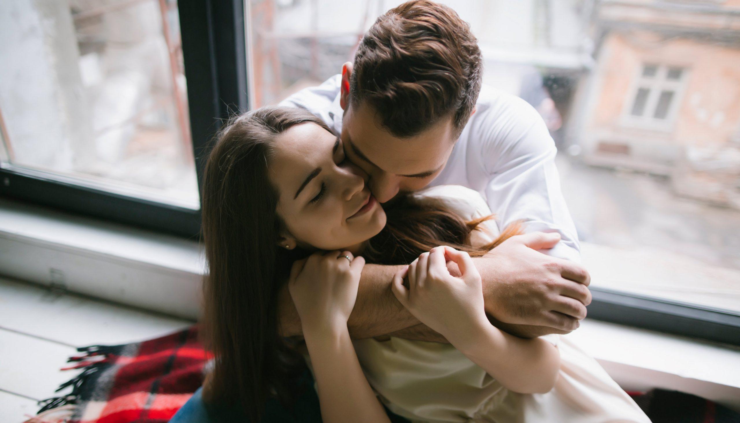 hôn nhân hạnh phúc - Saffron
